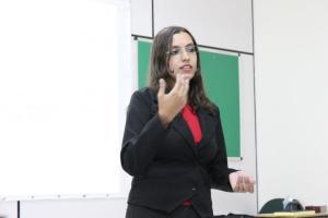 Tayenne Carvalho durante a apresentação