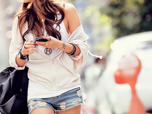 O celular nos acompanha o tempo todo, mas dá para usar com bom senso