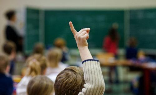 Bildungspolitik entzweit Landtag
